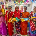 widows, receiving saris